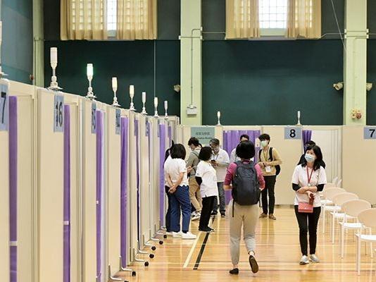 香港食物及卫生局局长:香港已接种超390万剂新冠疫苗