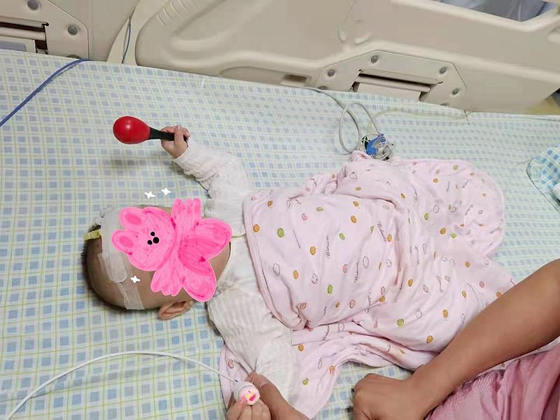 """11月龄宝宝右股动静脉""""短路"""" 龙岗妇幼成功治疗"""