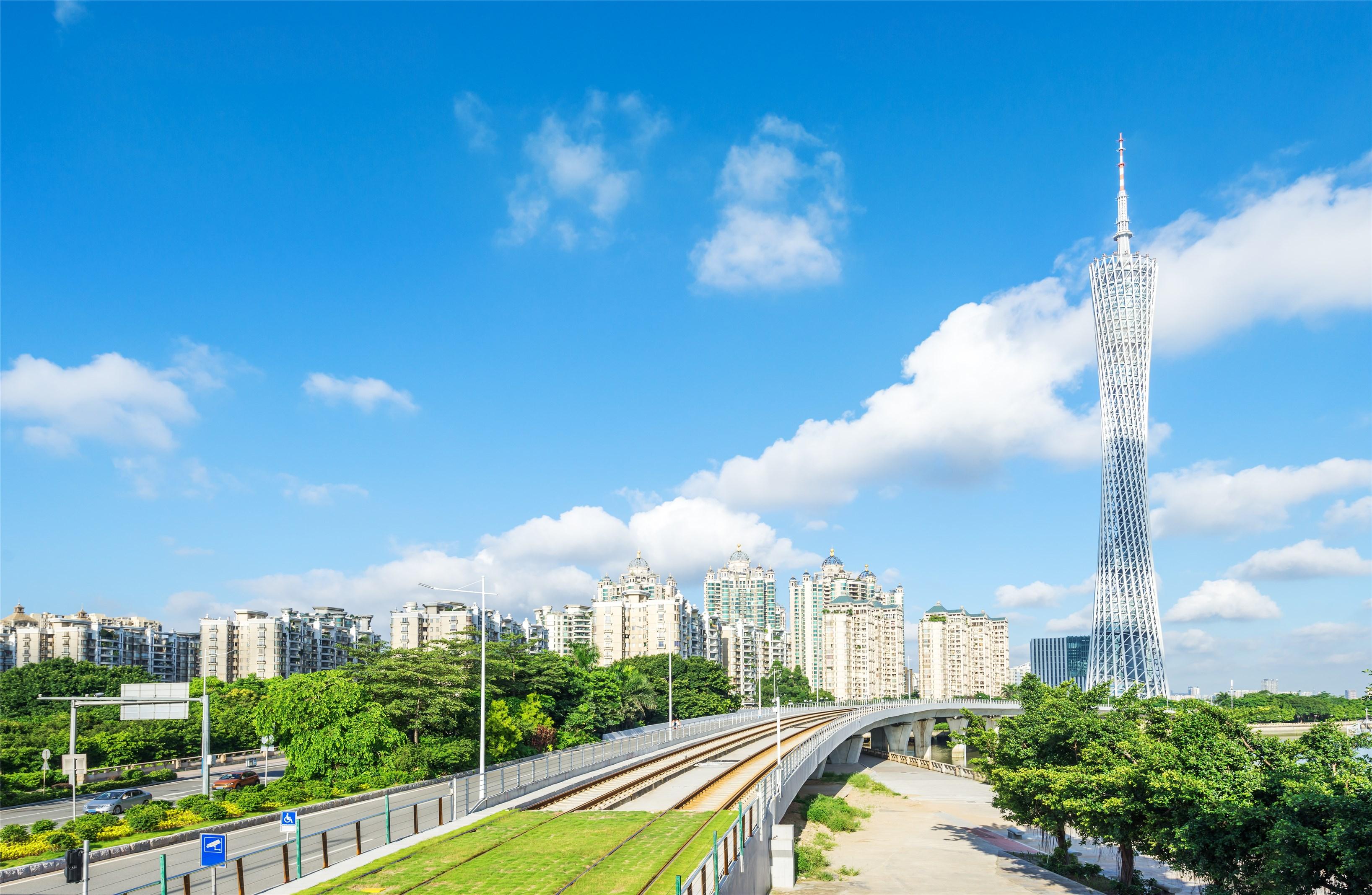 广东省庆祝中国共产党成立100周年座谈会在广州召开