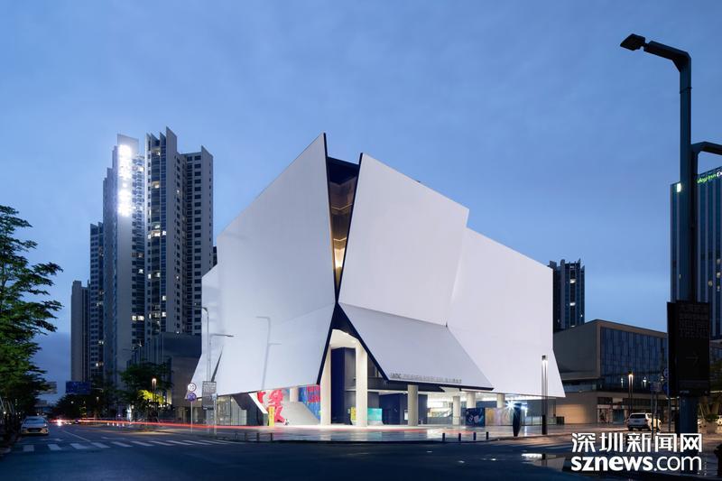 30000㎡超级家居设计仓来了!iADC意大利设计馆两大展厅全新启幕