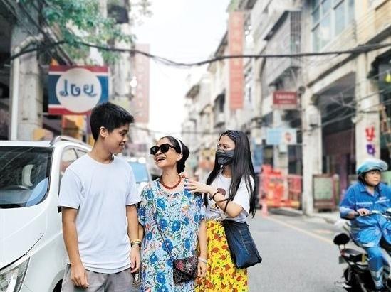 """《误杀2》在江门取景 两路段秒变""""泰国风情"""""""