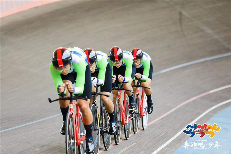 急速前进!82名选手竞速2021年广东省青少年自行车(场地)锦标赛