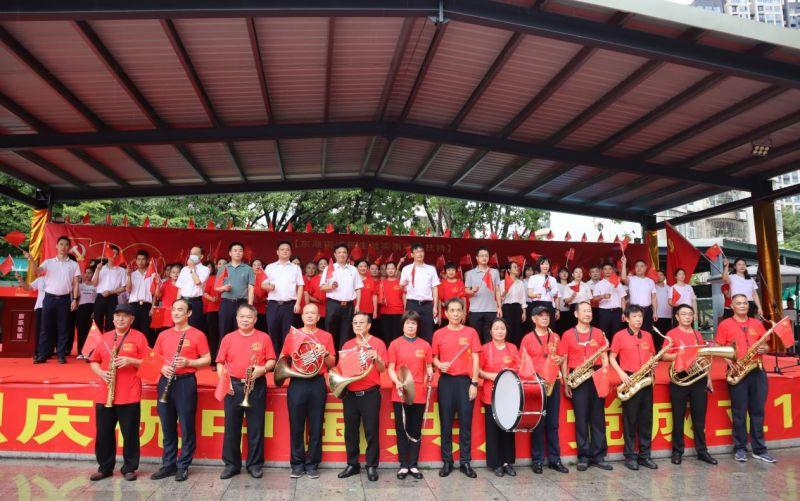 百幅红色作品,献礼百年华诞!东乐社区举行庆祝建党100周年活动