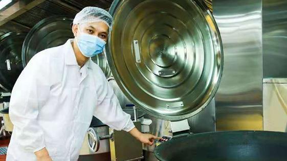 提升学生餐配送效率和品质 深圳首家单班产能3.3万份学生营养餐的中央厨房落户龙岗