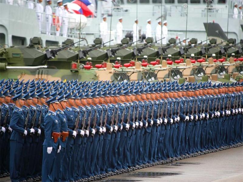 驻香港部队举办庆祝解放军建军94周年招待会