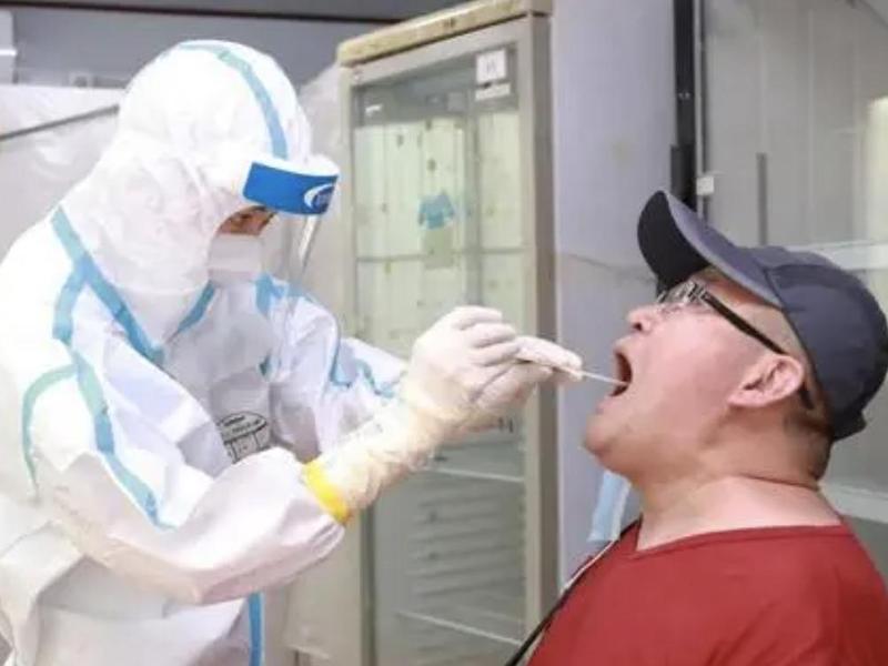 """香港:所有政府工作人员纳入""""以接种疫苗取代定期检测""""安排"""