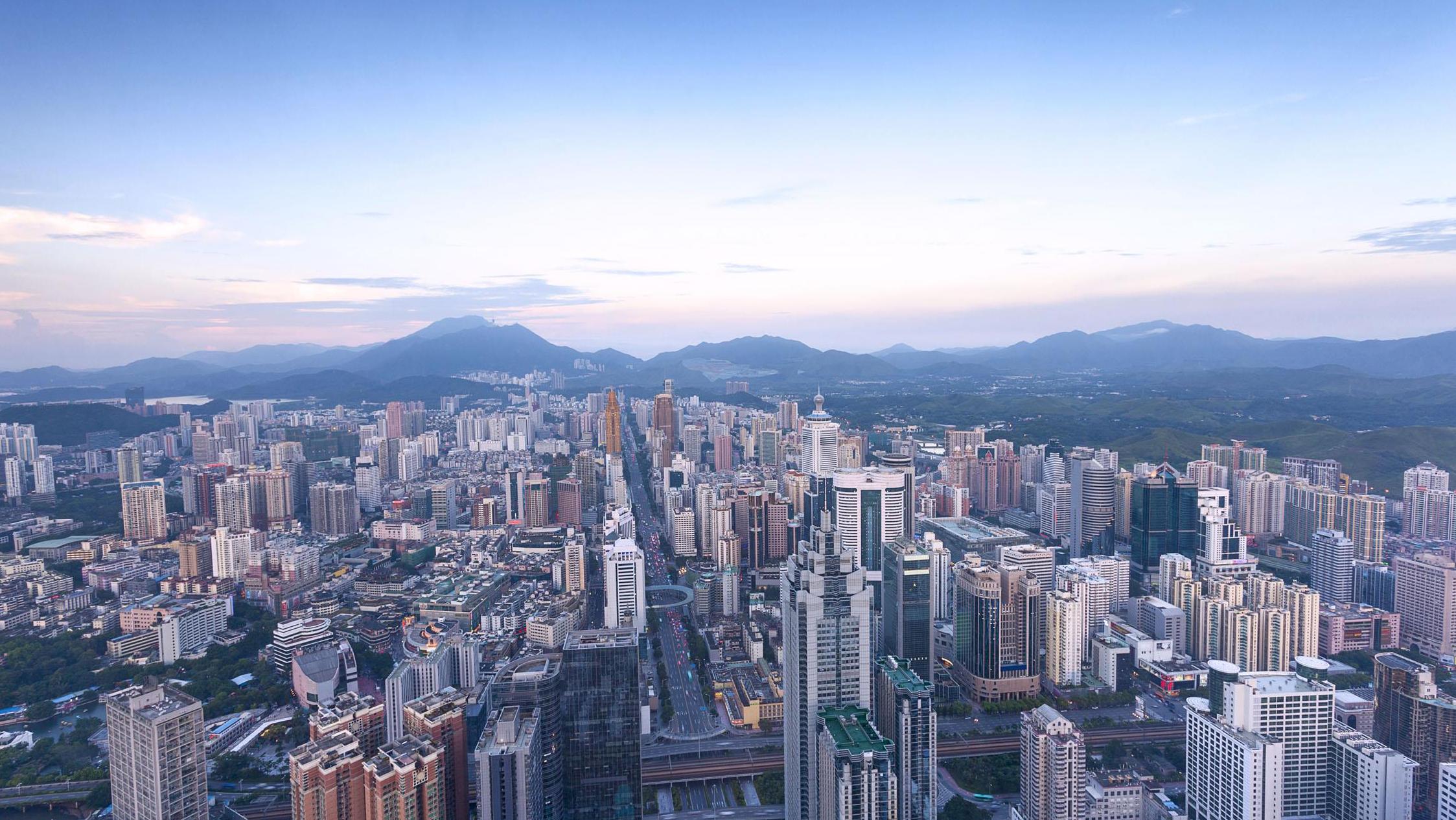 深圳:坚决把疫情防控工作作为重中之重抓紧抓实抓到位