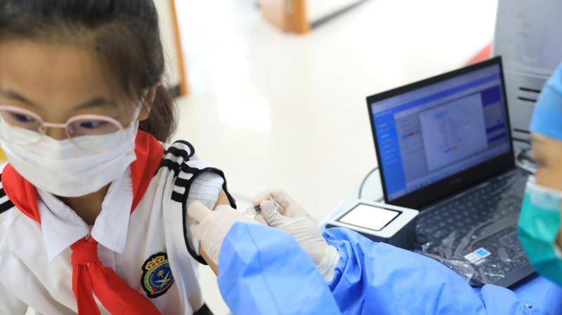 教育系统内,12到17岁学生疫苗两针接种率达91%