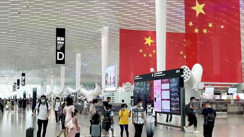 深圳机场全力保障返程高峰,单日进港旅客最高将近8万人次