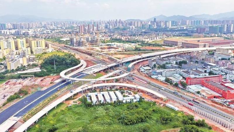 """深圳将规划建设""""四横八纵""""高速公路线网 未来形成总里程约1000公里"""