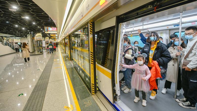好消息!多地儿童坐地铁免票身高升至1.3米